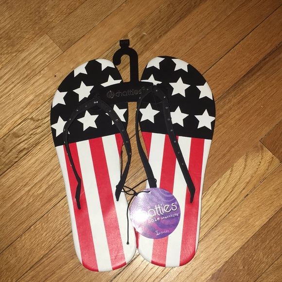 chatties Shoes - NWT Chatties Flag Flip Flops 9/10